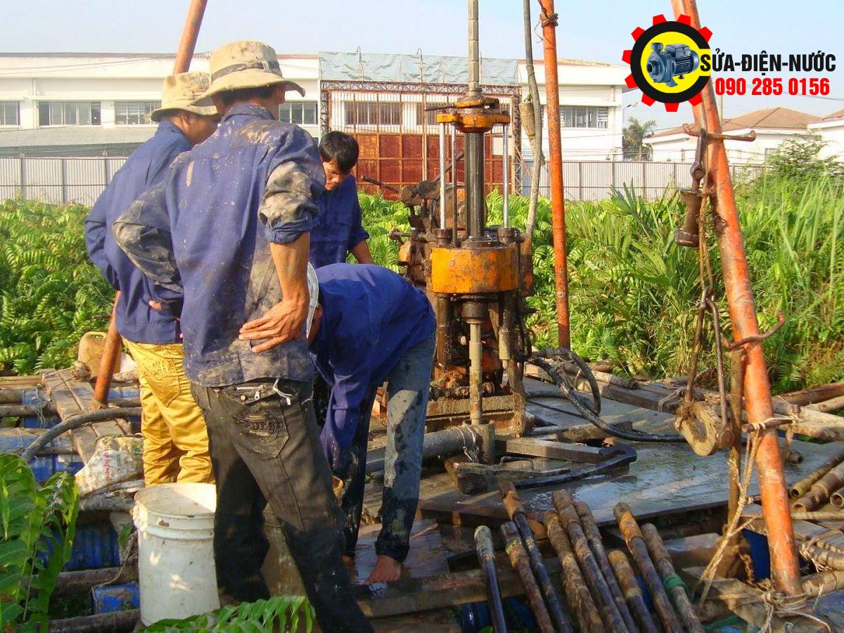 Thợ Khoan Giếng Nước Tại Hóc Môn & Lắp đặt máy bơm nước